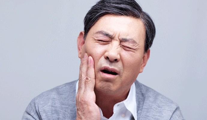 牙疼不是病,疼起来真要命!!牙疼的你这几个治疗牙疼的偏方可一定不要错过了!