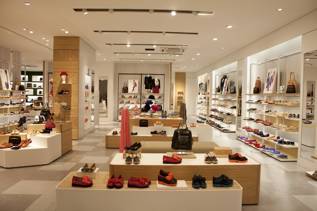 做梦梦见买鞋是什么意思?做梦梦见买鞋有什么寓意?