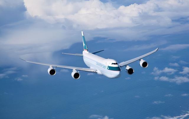 梦见坐飞机是什么意思,周公解梦梦见坐飞机的征兆